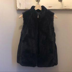 🎀J.CREW🎀 Navy Faux Fur Vest